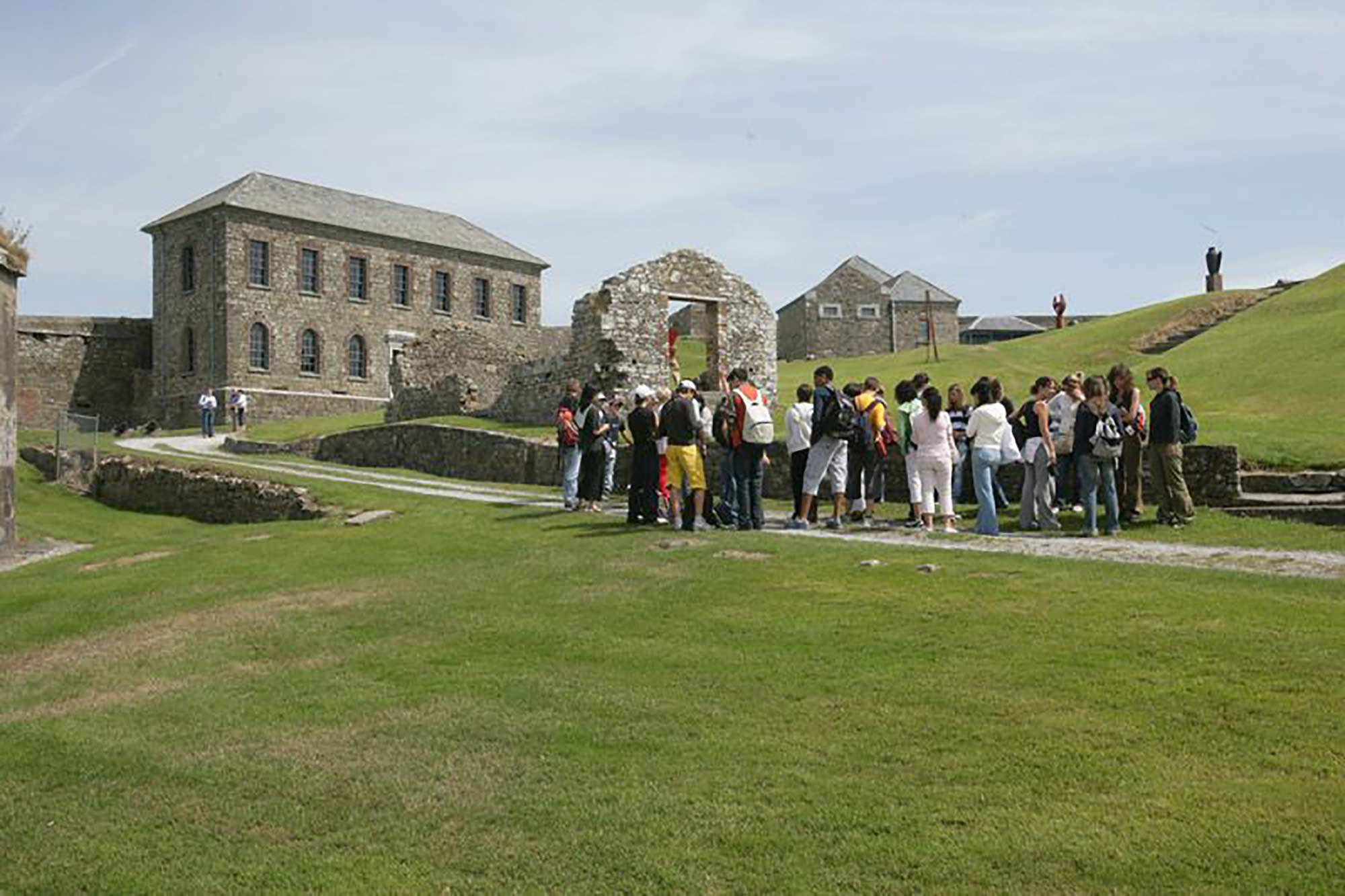 Guided tour at Charles Fort