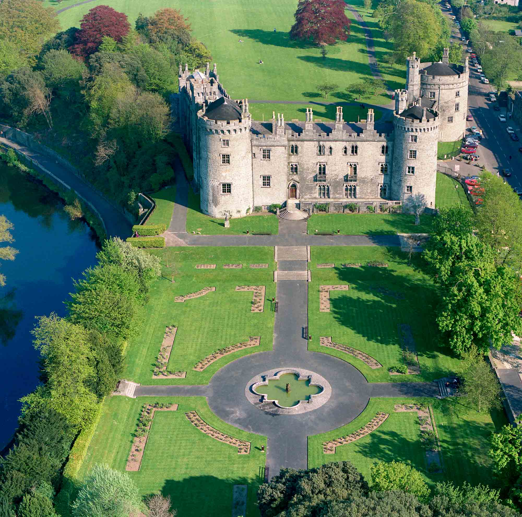 Aerial view of Kilkenny Castle with River Nore on lefthand side