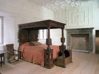 Early 17th century oak bed