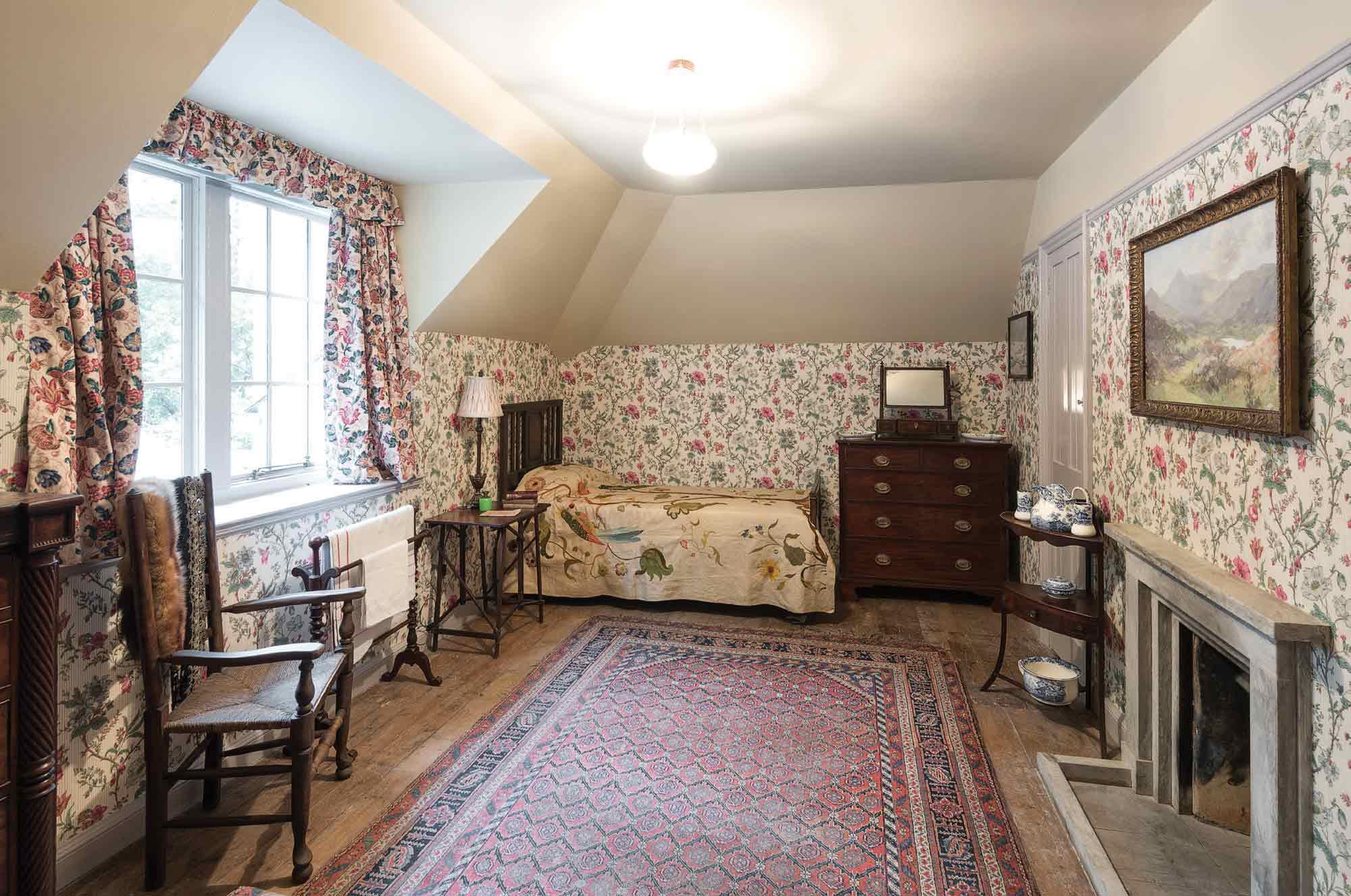 Image of Violet L'Estrange Bryce's Bedroom
