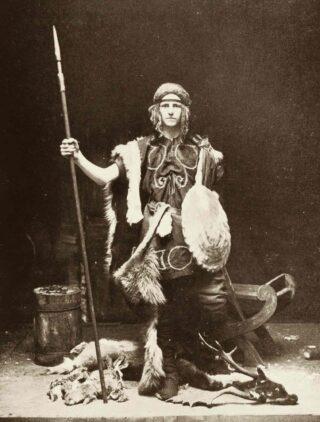 Denis Gywnn as Fionn in The Coming of Fionn
